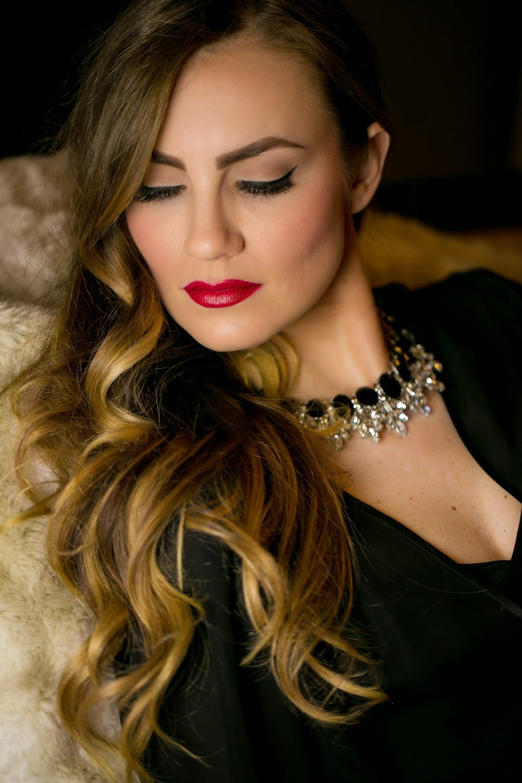 VIDEO: Old Hollywood Glam : Makeup u0026 Hair Tutorial - Hello Gorgeous by ...